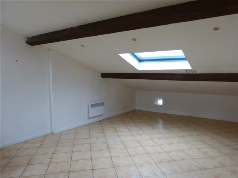 Location appartement Caraman 330€ CC - Photo 1