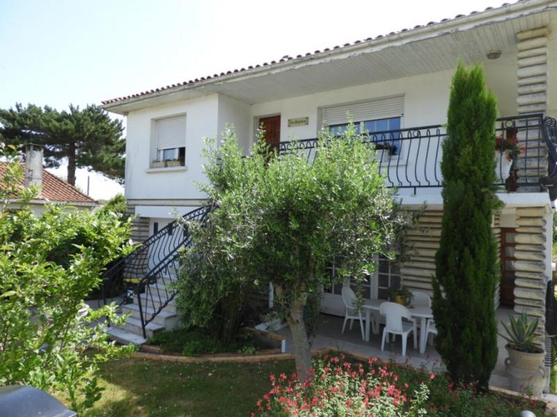 Maison VAUX SUR MER 7 pièce (s) 213 m² proche Comme