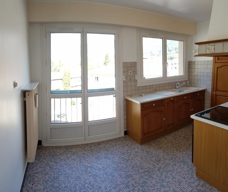 Location appartement Nantua 715€ CC - Photo 2