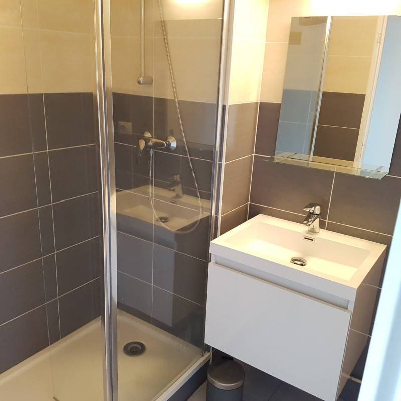 Rental apartment Aix-en-provence 650€ CC - Picture 5