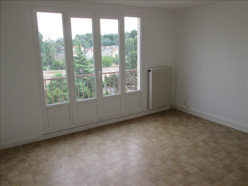 Location appartement Coubron 601€ CC - Photo 2