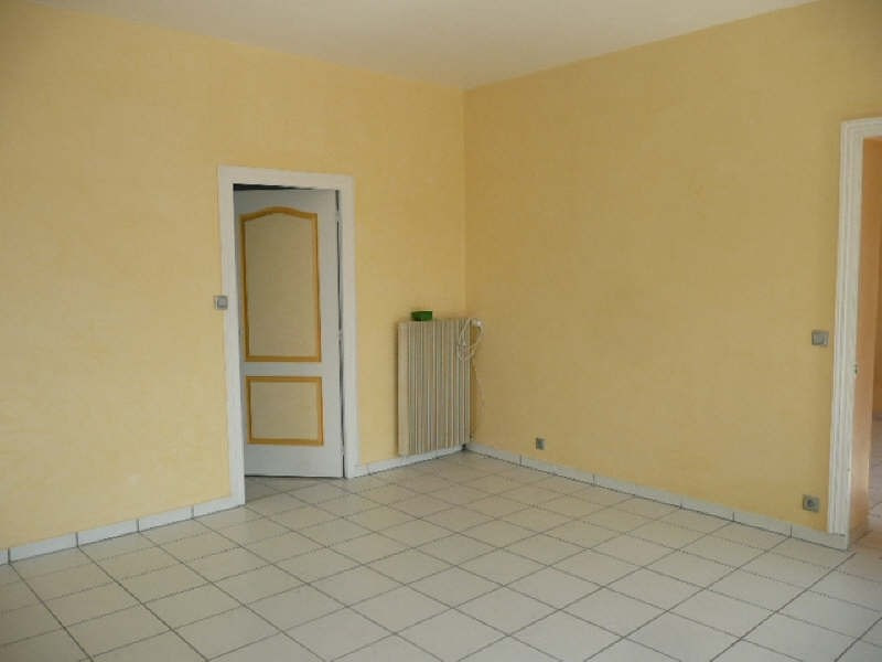 Rental house / villa Jars 581€ CC - Picture 6