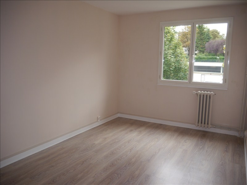Location appartement Marly le roi 991€ CC - Photo 4