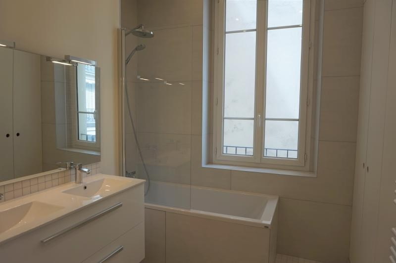 Location appartement Neuilly sur seine 4 600€ CC - Photo 4