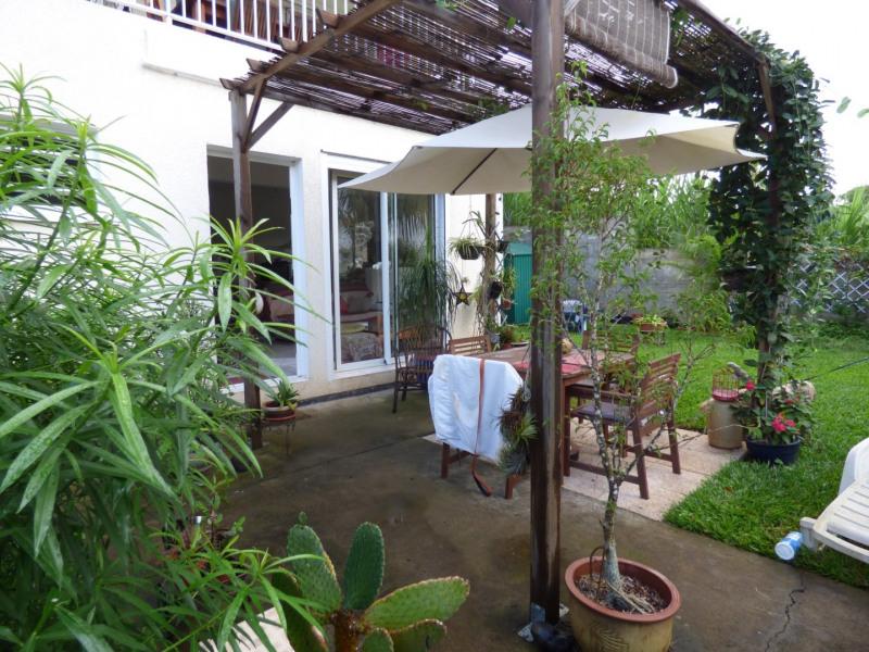 Rental house / villa La riviere st louis 735€ CC - Picture 1