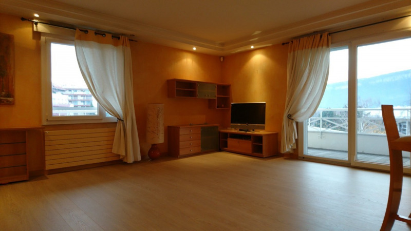 Deluxe sale apartment Gaillard 420000€ - Picture 11