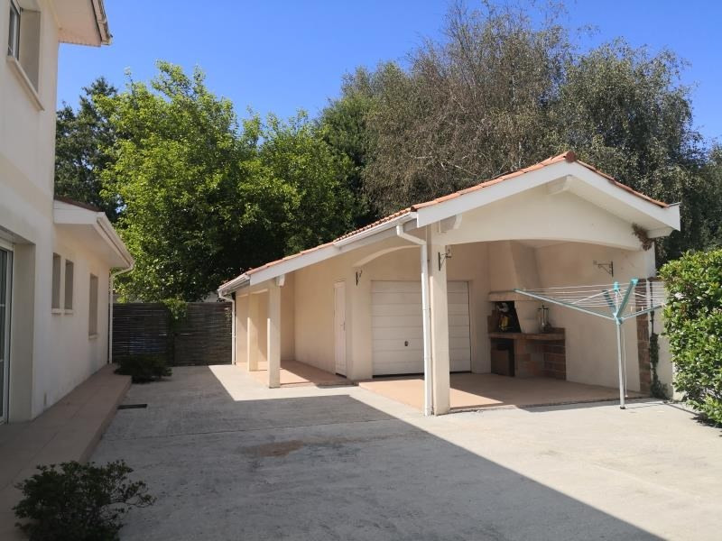 Deluxe sale house / villa Lacanau 582400€ - Picture 1