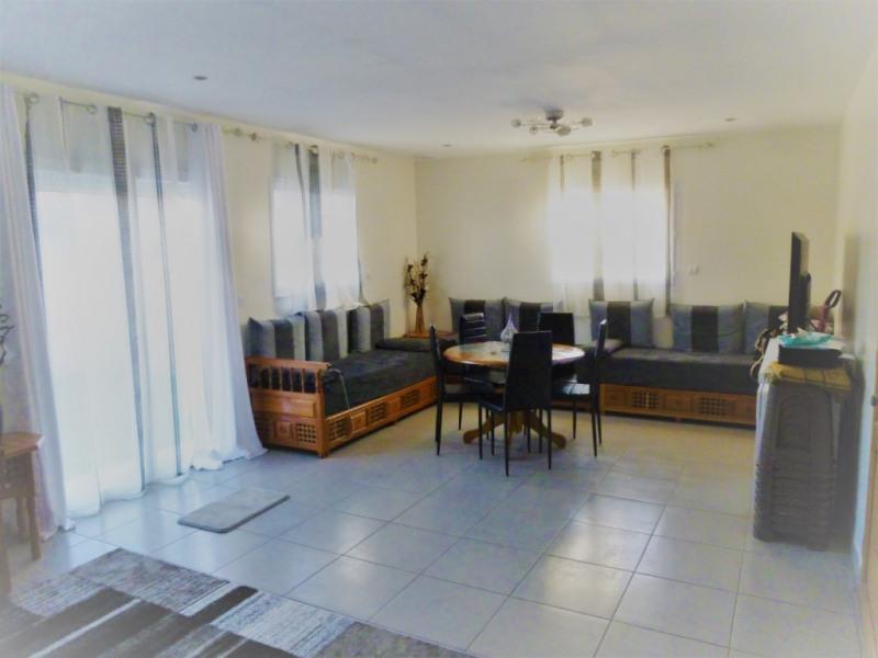 Sale house / villa Nimes 283000€ - Picture 2