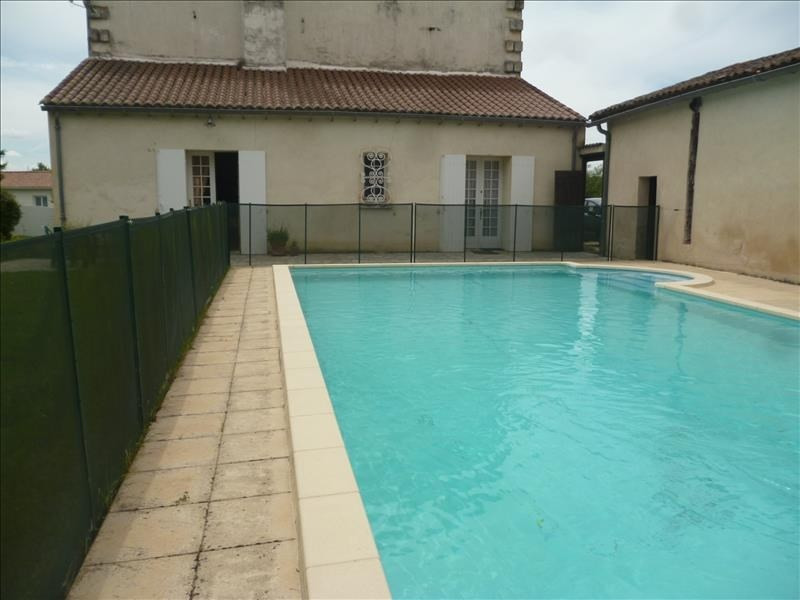 Sale house / villa Villefranche de lonchat 280000€ - Picture 4