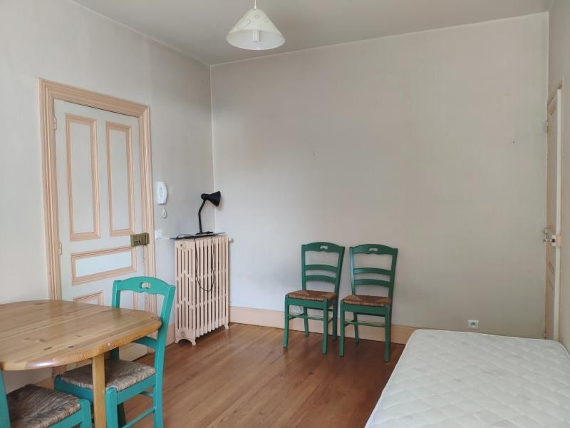 Location appartement Mazamet 270€ CC - Photo 3