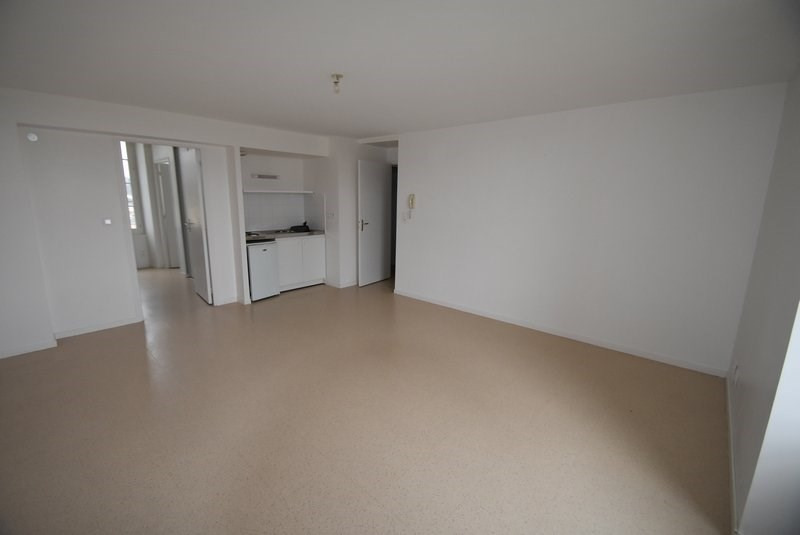 Location appartement Isigny sur mer 378€ CC - Photo 1