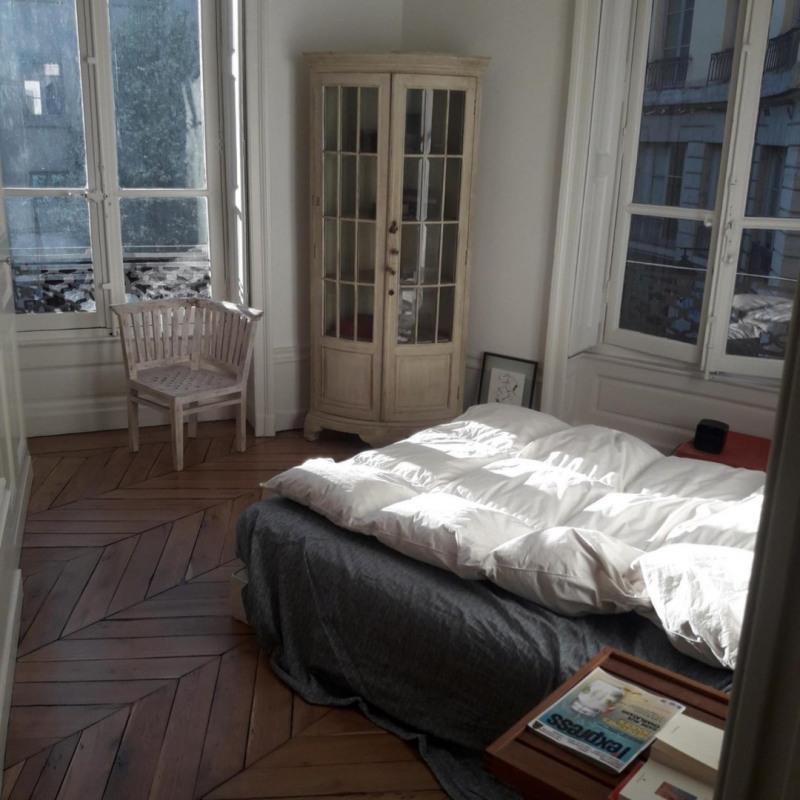 Deluxe sale apartment Lyon 1er 640000€ - Picture 3