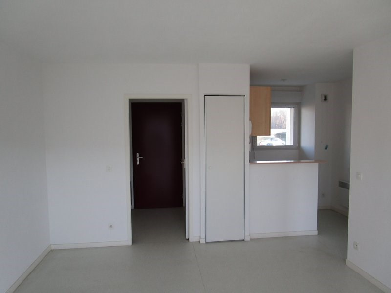 Verhuren  appartement St lo 423€ CC - Foto 2