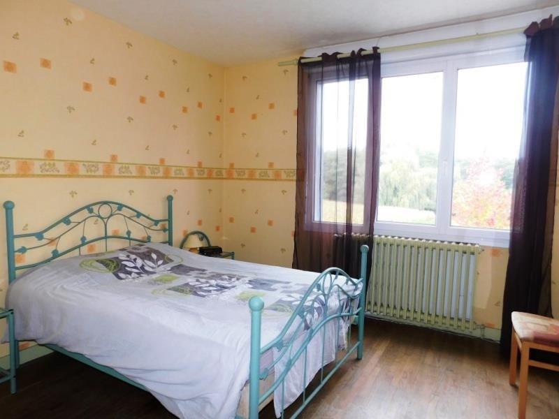 Sale house / villa Lecousse 187200€ - Picture 5