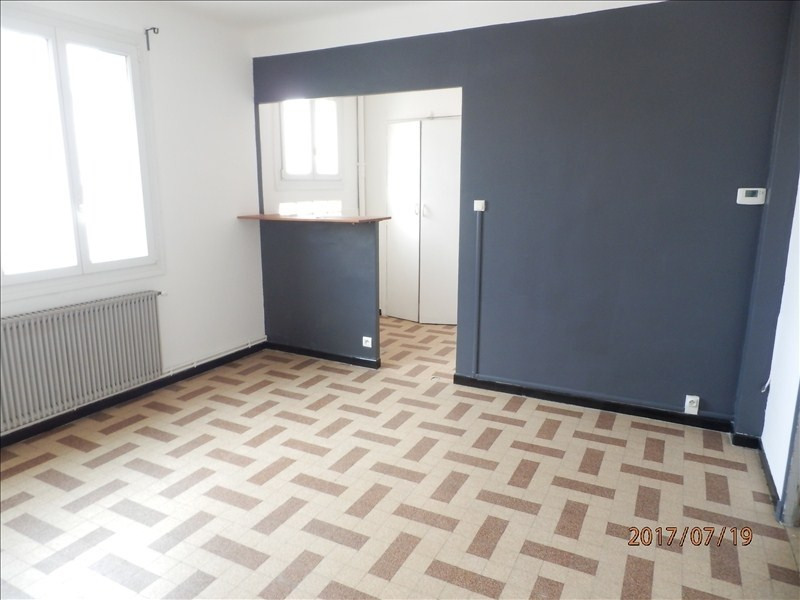 Rental apartment Toulon 515€ CC - Picture 1