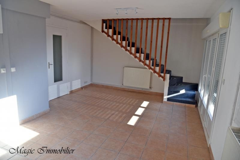 Location appartement Nantua 640€ CC - Photo 3
