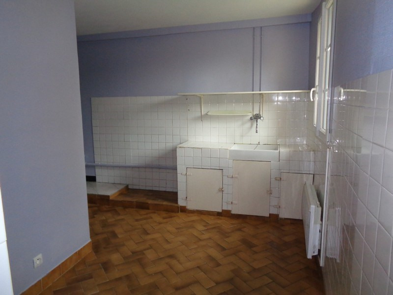 Location maison / villa St germain sur ay 450€ CC - Photo 3