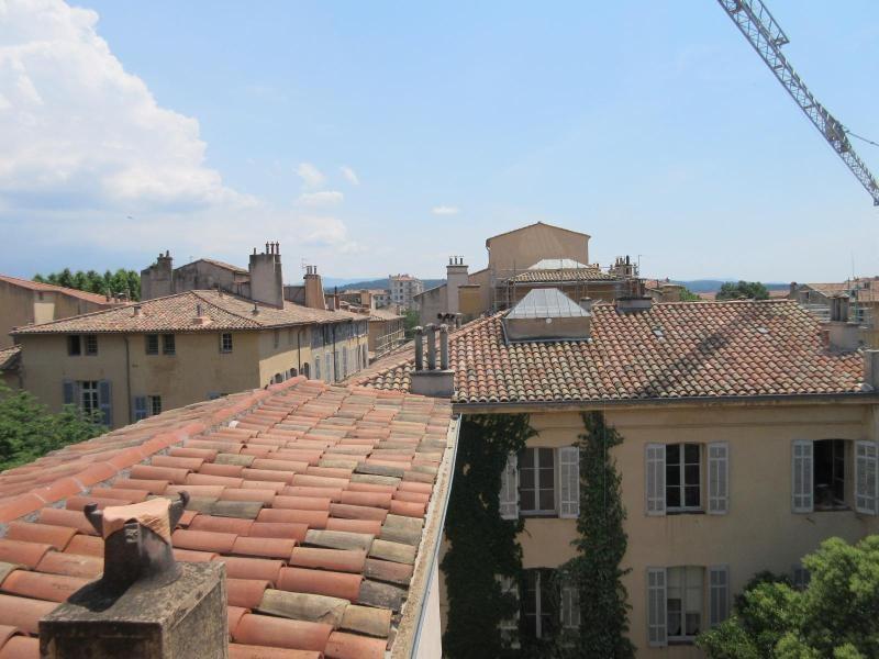 Verhuren  appartement Aix en provence 790€ CC - Foto 1