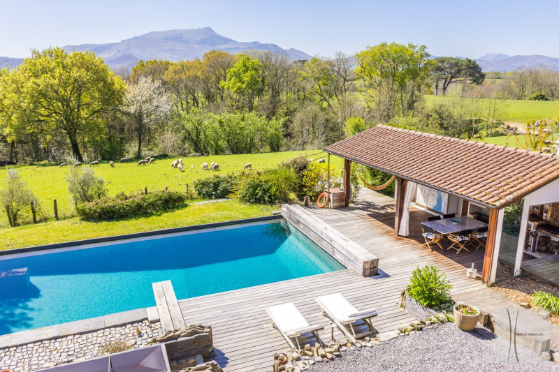 Vacation rental house / villa St pee sur nivelle 5430€ - Picture 2