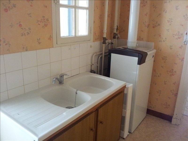 Location maison / villa Montoire sur le loir 570€ CC - Photo 2