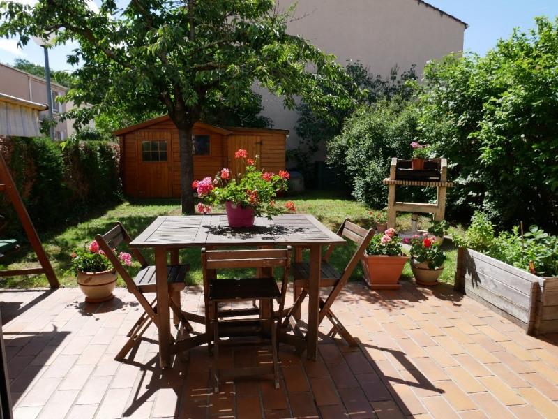 Sale house / villa Poissy 359000€ - Picture 2