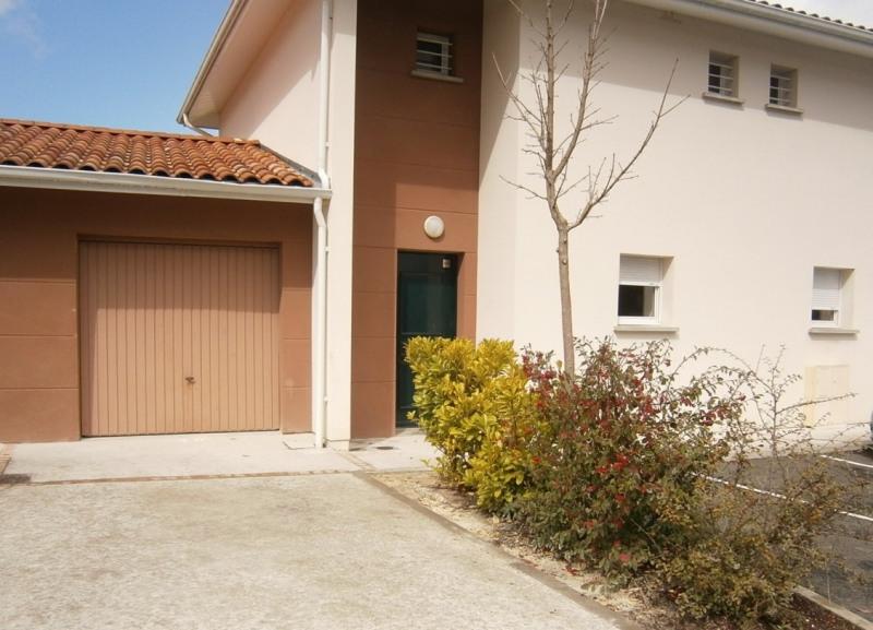 Sale house / villa La lande de fronsac 180000€ - Picture 2