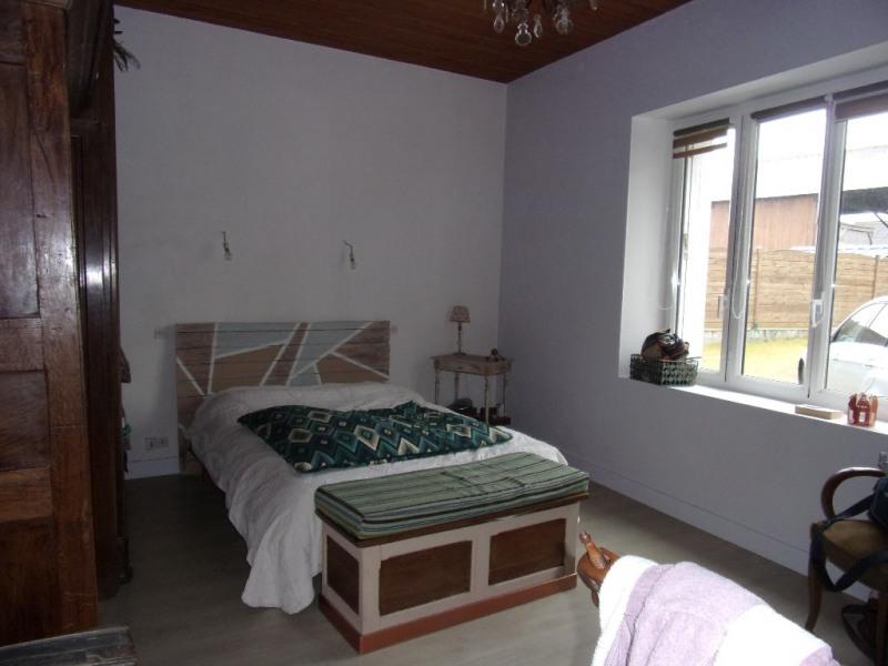 Location maison / villa Saint m herve 700€ CC - Photo 4
