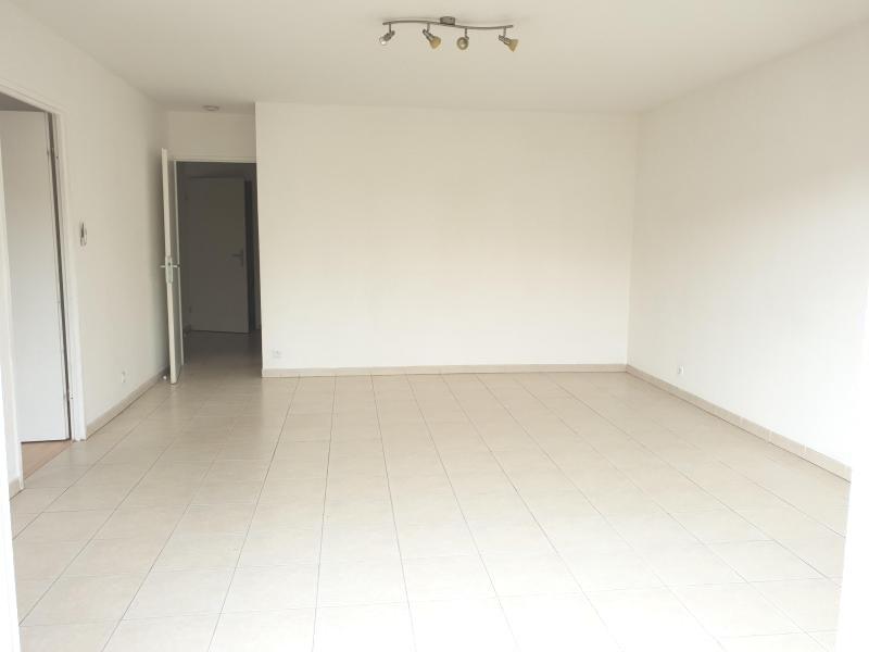 Sale apartment Arcachon 375000€ - Picture 2
