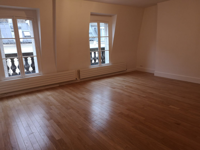 Rental apartment Paris 7ème 4 560€ CC - Picture 1