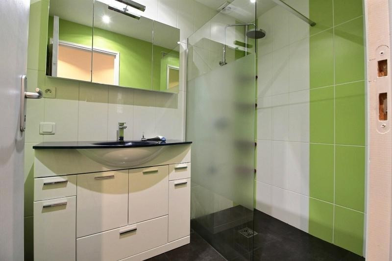 Sale house / villa Caudan 174350€ - Picture 4