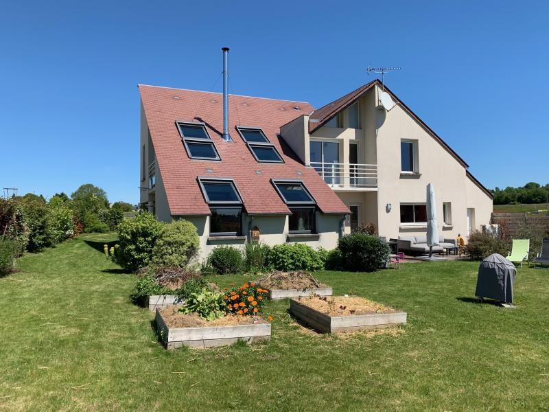 Sale house / villa St antoine du rocher 449700€ - Picture 1