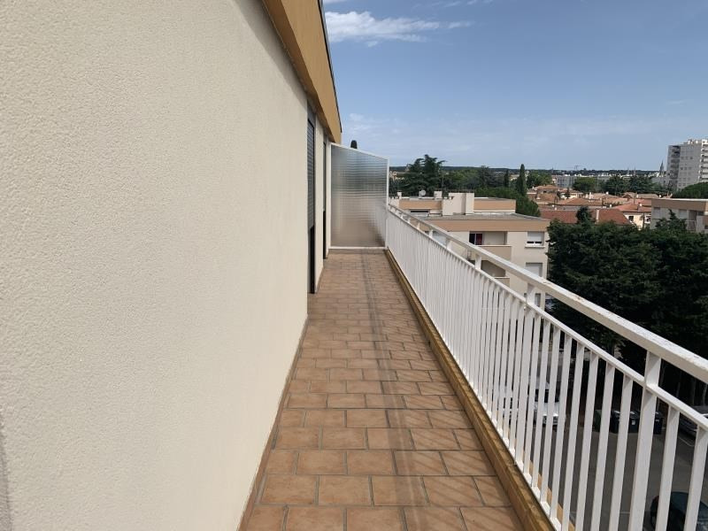 Location appartement Nimes 750€ CC - Photo 5