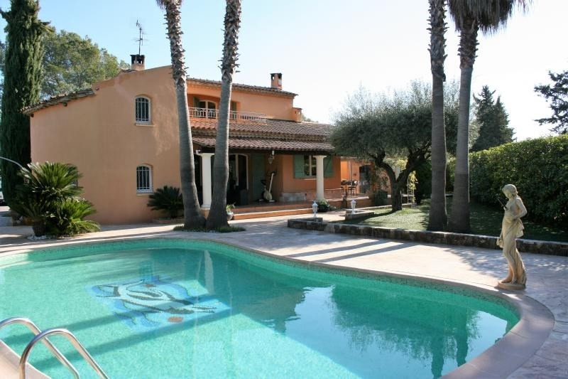 Vente de prestige maison / villa Roquebrune sur argens 685000€ - Photo 1