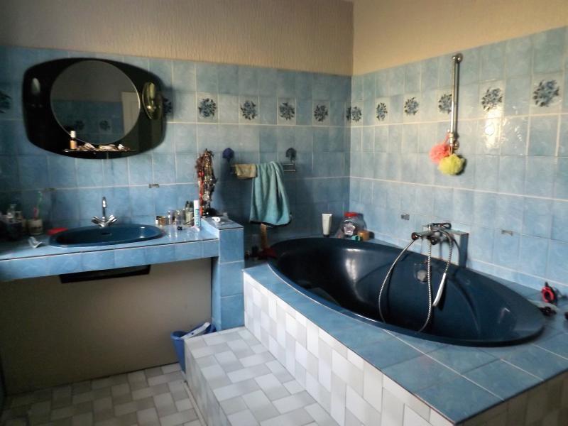 Vente maison / villa La chartre sur le loir 146475€ - Photo 9