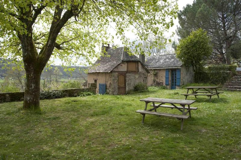 Sale house / villa Terrasson lavilledieu 472500€ - Picture 4