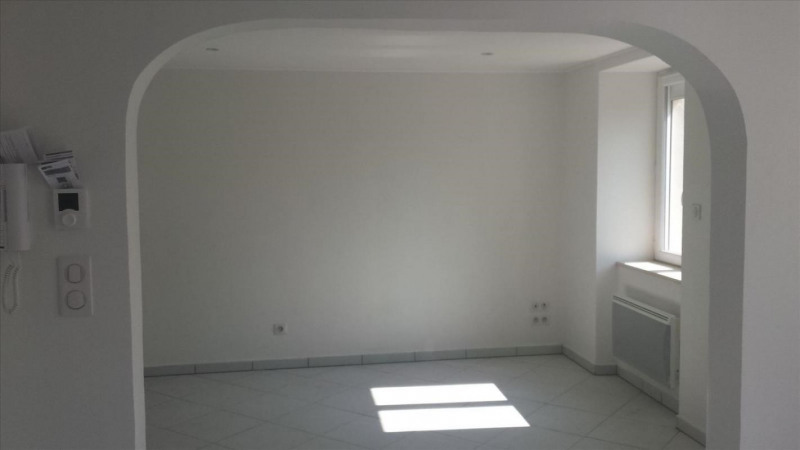 Locação casa Réalmont 655€ CC - Fotografia 4