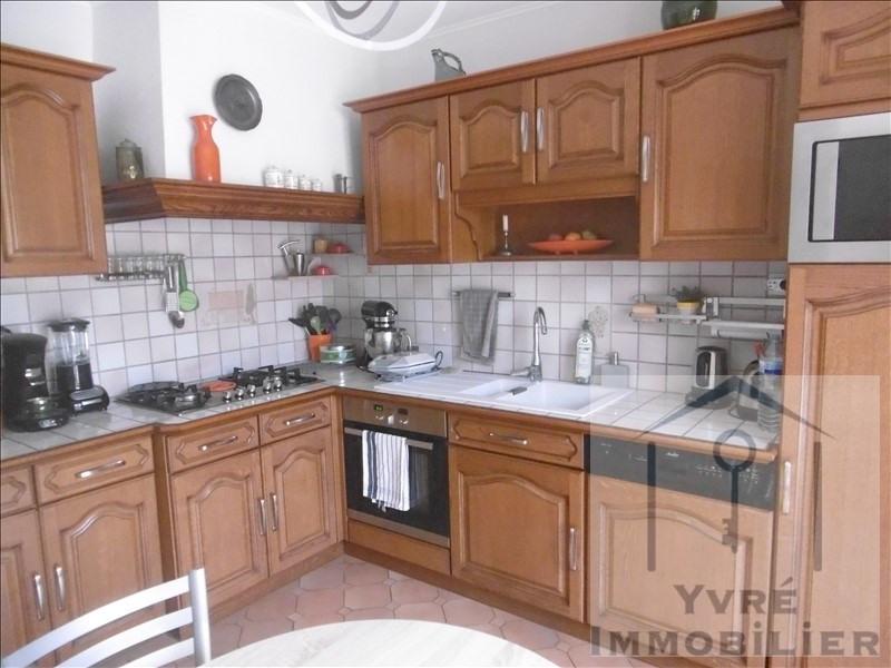Sale house / villa Yvre l'eveque 364000€ - Picture 4