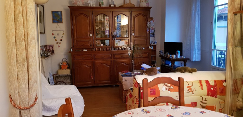Sale apartment Nice 247 000€ - Picture 2