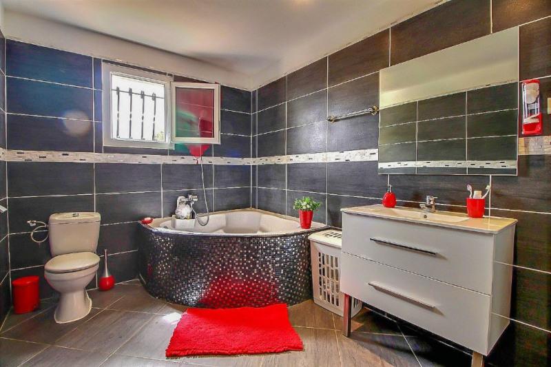 Vente maison / villa Nimes 249000€ - Photo 9