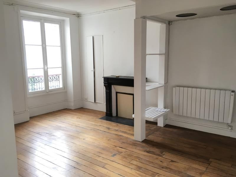 Rental apartment Paris 15ème 1 427€ CC - Picture 1