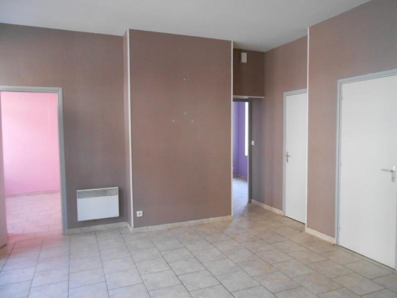 Location appartement Aire sur la lys 395€ CC - Photo 2