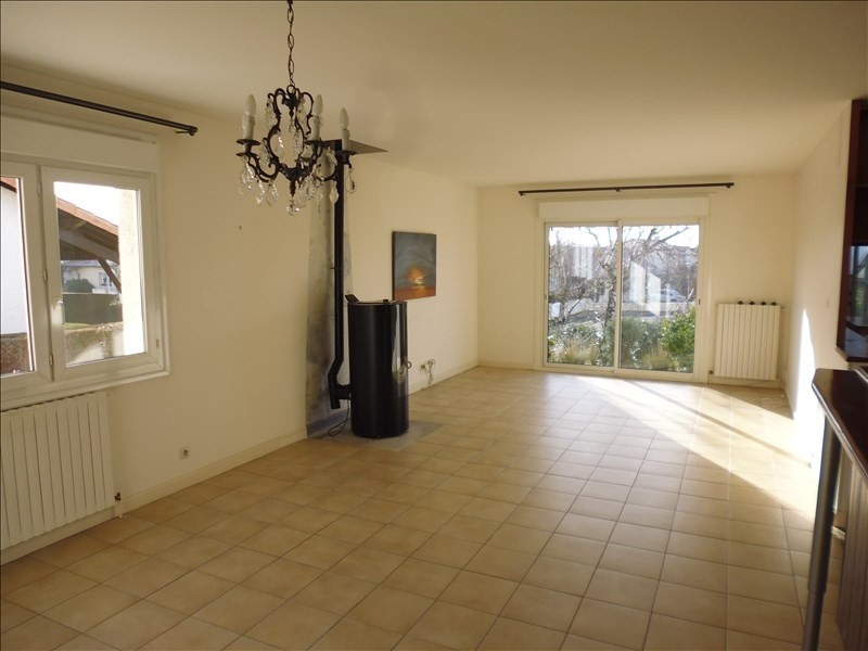 Investment property house / villa Buxerolles 258 000€ - Picture 2