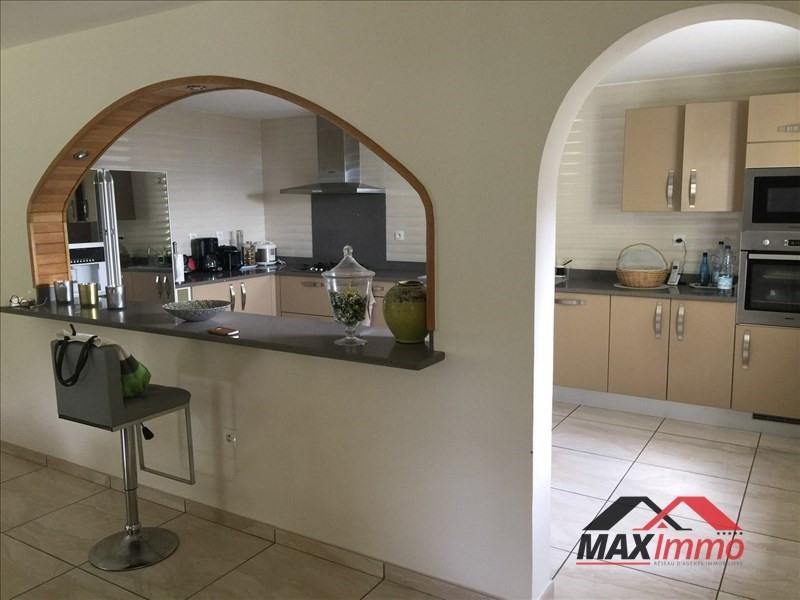 Location maison / villa La possession 2200€ +CH - Photo 1
