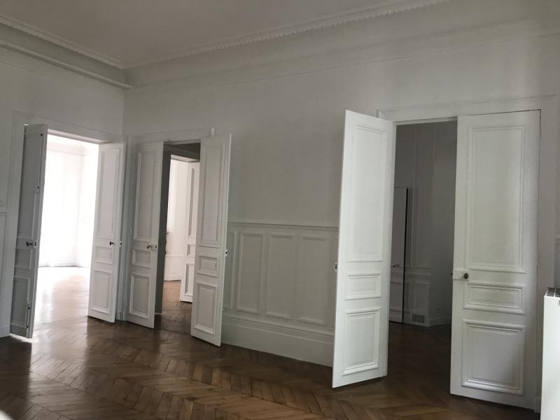 Rental apartment Paris 8ème 7000€ CC - Picture 6