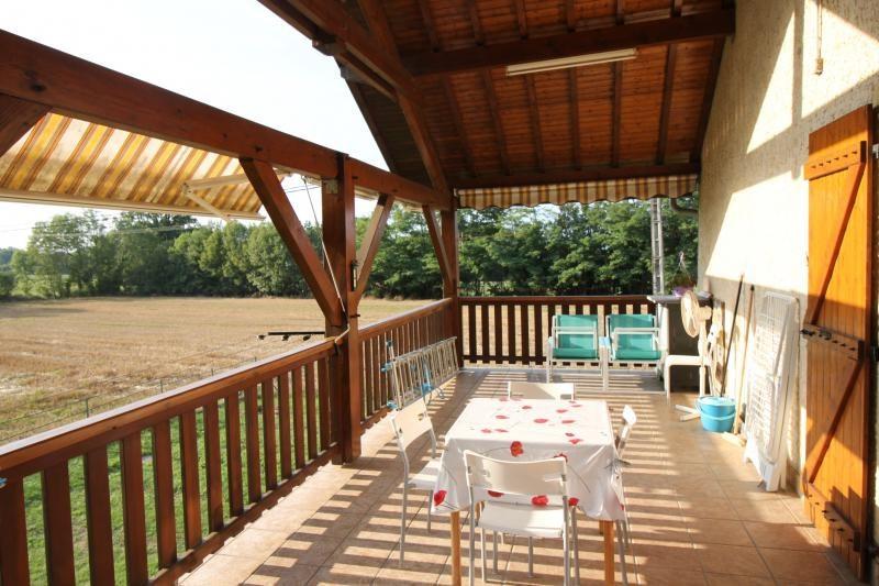 Vente maison / villa Les abrets 196000€ - Photo 2