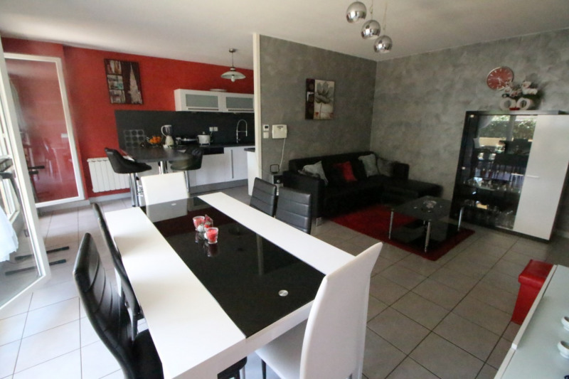Sale apartment Fontaine 210000€ - Picture 9