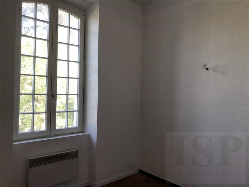 Rental apartment Les milles 666€ CC - Picture 4