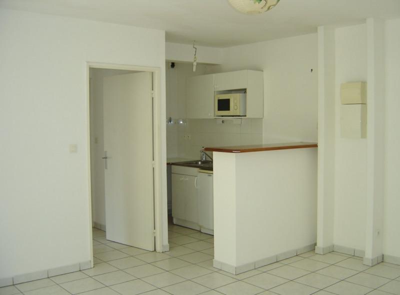 Location appartement Sainte clotilde 650€ CC - Photo 1