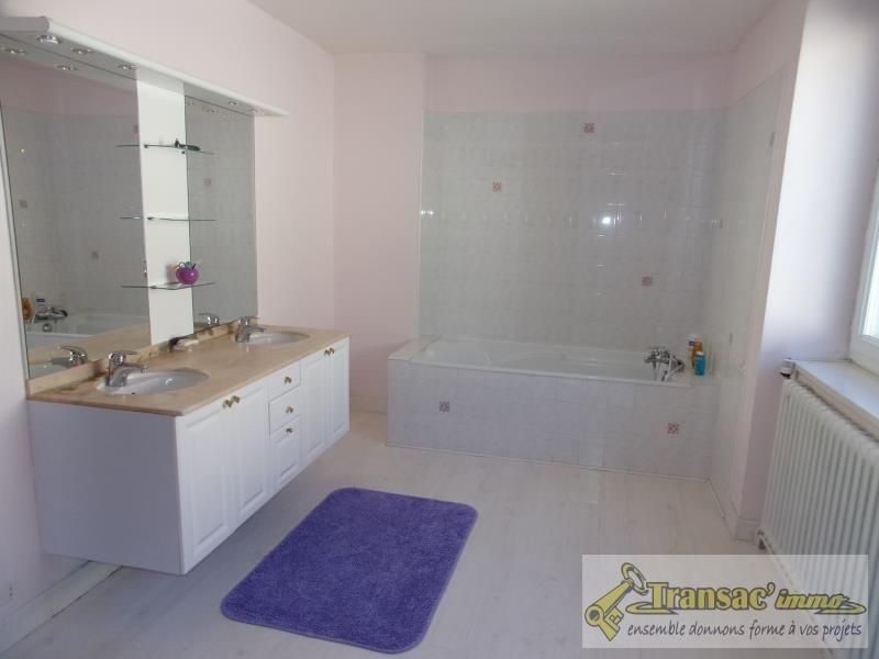 Sale house / villa Celles sur durolle 220480€ - Picture 9