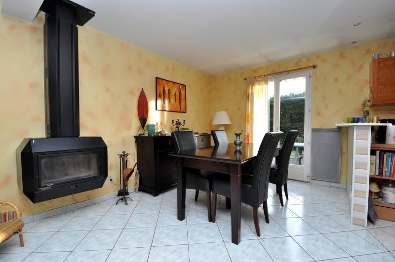 Vente maison / villa Bonnelles 299000€ - Photo 6